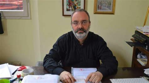 carabinieri bologna porta lame falso prete perquisizione nella sede della congregazione