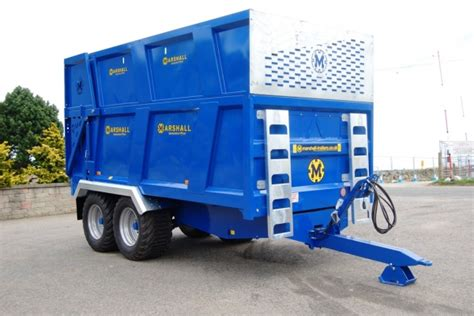 blue trailer marshall trailers newholland blue silage trailer