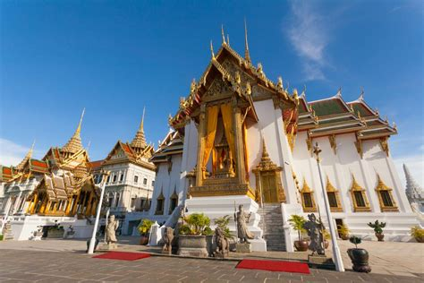 grand palace bangkok thailand map entrance fee hours