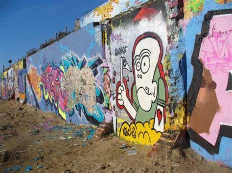 graffiti wallpapers download free graffiti wallpaper 50 funky designs to customize your desktop