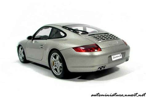 Diecast Miniatur Replika Mobil Porsche 911997 S Coupe porsche 997 s gray polaire autoart diecast model