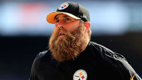 top 10 facial hairstyles in sport brett keisel would welcome return to steelers but only