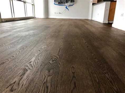 Refinish Hardwood Floors Chicago Sanding Hardwood Floor In Chicago Tom Flooring Hardwood Floor Refinishing Experts