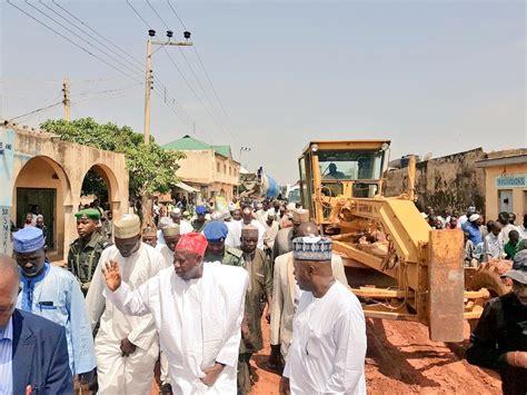 rumfar shehu photos umar ganduje inspects road construction in rijiyar