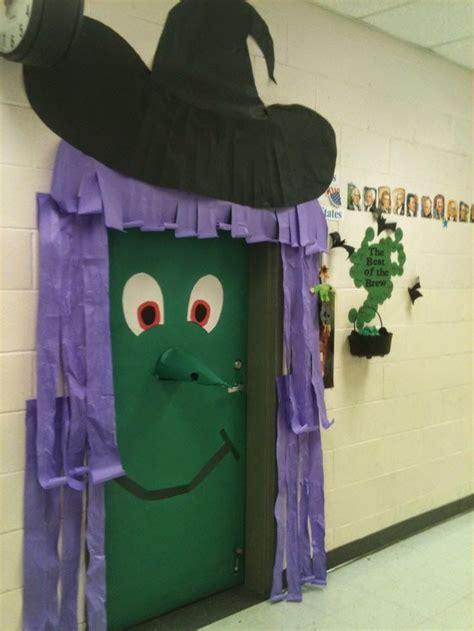 decorar aula halloween jugando con duendes y hadas halloween door decoration