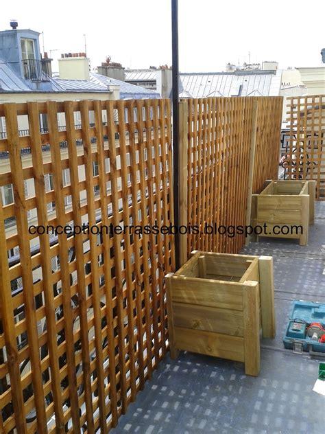treillis pour balcon conception d une terrasse en bois brise vue en bois pour