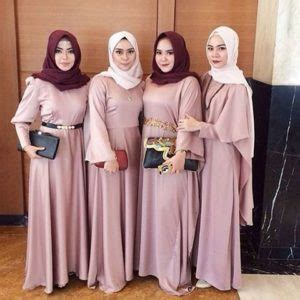Gaun Malam Pesta Wedding Warna Purple Unggu Bahan Payet inspirasi model seragam braidsmaid portal berita