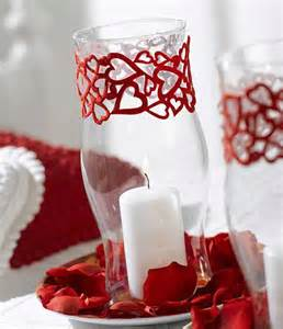 10 quick and easy valentine s day candle centerpieces