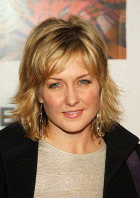 amy carlson 2015 hair style amy carlson pictures photos images imdb hair and