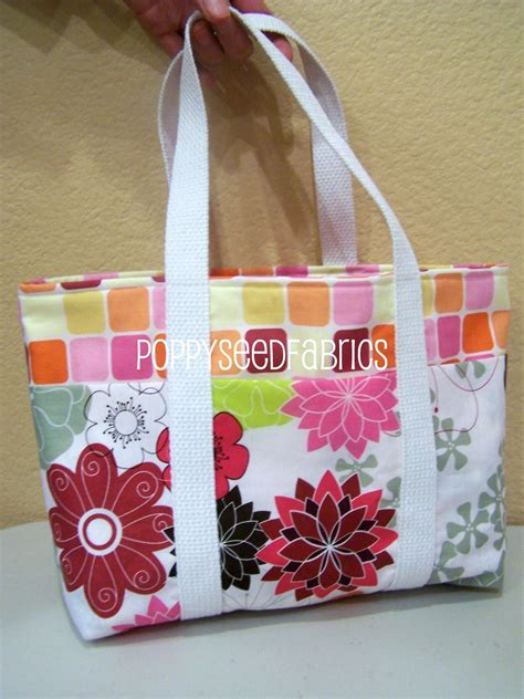 easy tote bag sewing pattern free poppyseed fabrics super easy tote bag tutorial updated