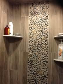 green pebble tile bathroom