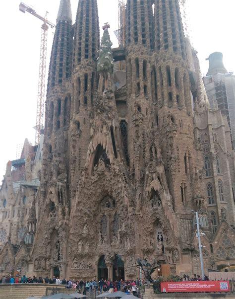 Gaudi in Barcelona   Discover Art Nouveau
