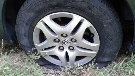 honda civic flat tire image gallery honda flat tire