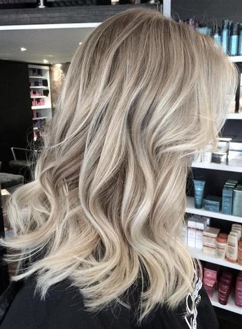 beautiful brunette hair with platinum highlights pictures hot trebd 2015 40 beautiful blonde balayage looks page 21 foliver blog