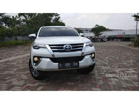 2016 Toyota Fortuner Vrz 2 4 A T jual mobil toyota fortuner 2016 vrz 2 4 di jawa barat