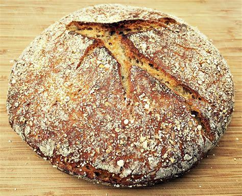 rye bead no knead sourdough rye bread