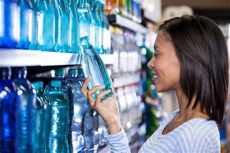 Botol Air Minum Tinggi Sedotan Plastik 3 352 5 Kunci Penting Memilih Botol Minum Yang Paling Aman Dan Sehat