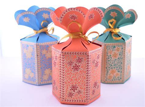 wedding gift ideas usa favor gift box with flower top wedding favor box gift