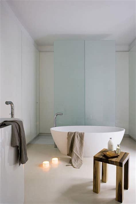 moderne badkamer met strakke afwerking inrichting huis