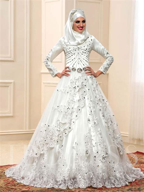 Islamic Wedding Gowns by Appliques Sequins Beading Muslim Wedding Dress Tbdress