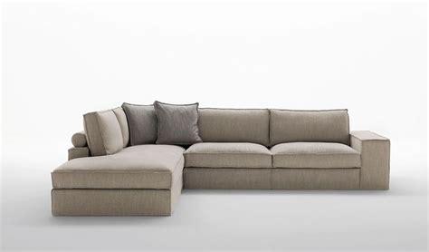 cuscini cilindrici ikea oltre 25 fantastiche idee su dietro al divano su