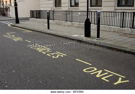 electric boat new london parking parking bay stock photos parking bay stock images alamy