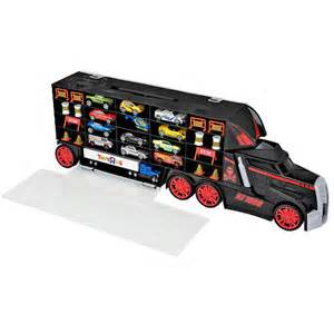 Wheels Fast Truck Carry Fast Truck Carrying Toys Quot R Quot Us
