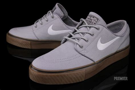 nike stefan janoski wolf grey gum medium brown
