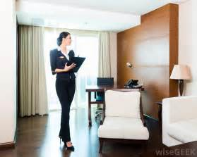 what is a hotel housekeeper with pictures