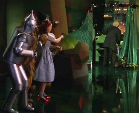 the man behind the curtain wizard of oz maybe it s time for apple to go back behind the curtain