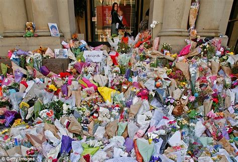 Memorial City Mall Gift Card - suspicious package at bourke st melbourne memorial