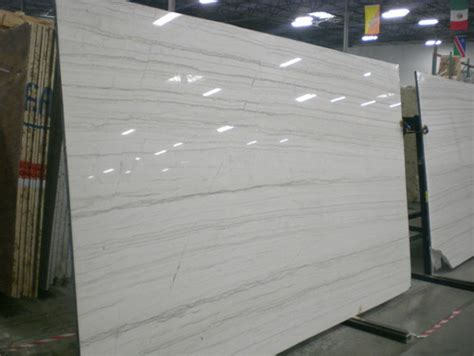 white macaubus which granite to go with white macaubus quartzite island