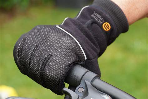 Motorradhandschuhe Aldi by Fahrradhandschuhe Test Darauf Kommt Es Auch 2014 An