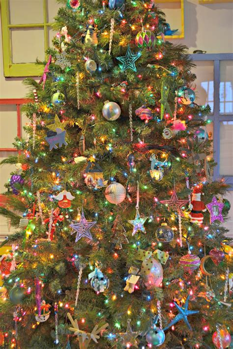 colored lights tree decorating ideas colored lights tree decorating ideas home design