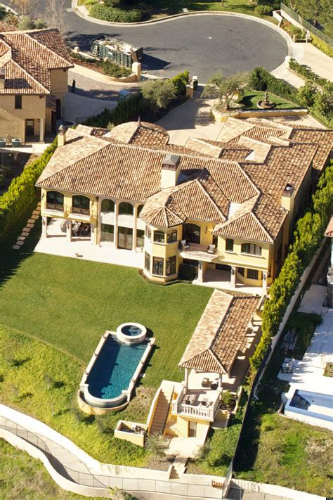 famous homes celebrity homes 37 amazing celeb abodes that will make
