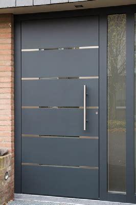 Hermoso  Puertas Exteriores De Aluminio #3: Peen-aantal-voorbeelden-van-verschillende-voordeurenp4.jpg