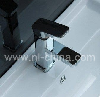 high quality easy to clean kitchen faucet high quality easy to clean bathroom faucet