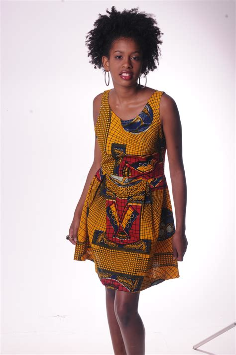 Bb Md Dress Tissue Twiscone vestido curto tecido africano moda africanizada