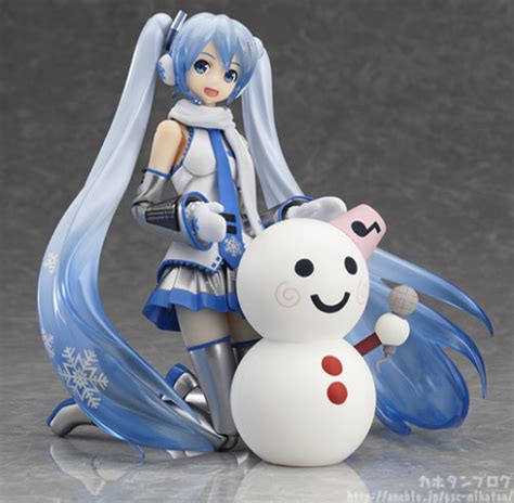 Ori Figma Snow Miku 2014 Limited Edition Festival new figma snow miku figma to spread some cheer sgcafe