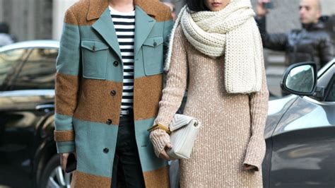 How Do You Store Seasonal Clothes by How To Store Winter Clothes Stylecaster