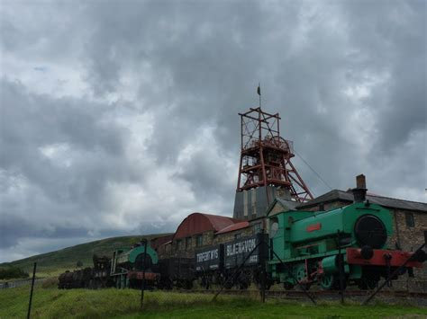 Mines Bigger Than Yours And Panasonics Dmc Fx100 Is Bigger Than Casios Ex Z1200 by Panoramio Photo Of Big Pit Mine