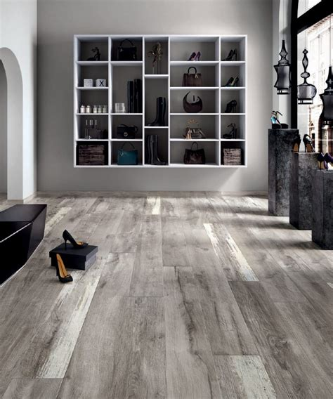 Gray Laminate Flooring Ideas