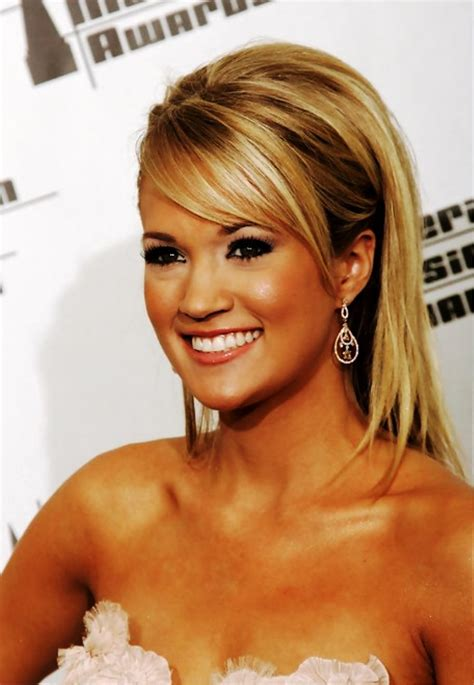 Carrie Underwood Hairstyles by Pictures Of Carrie Underwood Sleek Hairstyles