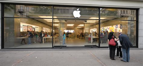 apple store apple store plans secret event for 10th anniversary