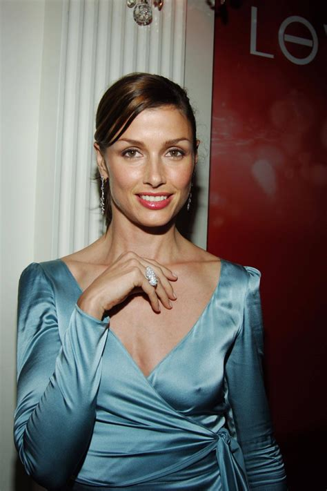 Homemade Halloween Decoration by Bridget Moynahan Son Suffers From