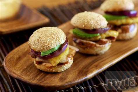 Link Honey Scallion Sliders by Recipe For Pineapple Marinated Grilled Chicken Sliders Myria
