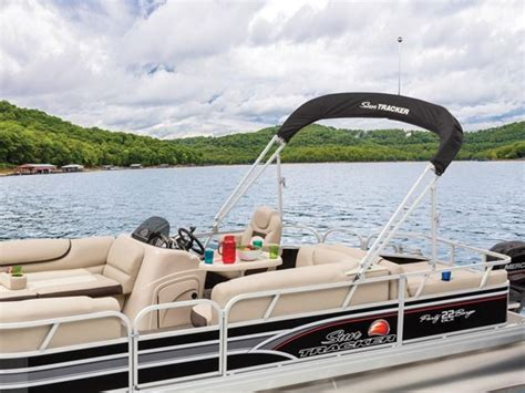 party barge boats for sale in louisiana new 2015 sun tracker party barge 22 dlx pontoon boat in