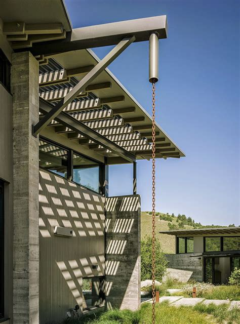 Mini House Design by 14 Modern Homes That Use Rain Chains To Divert Water