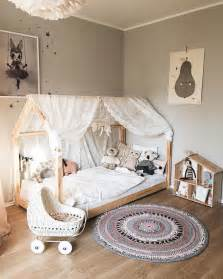 a frame bedroom ideas 25 best ideas about kids canopy on pinterest reading tent toddler canopy bed and child room
