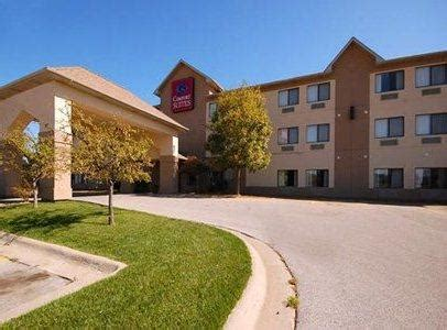 comfort suites council bluffs henry doorly zoo and aquarium zoo in united states